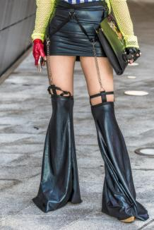 Fashion_Week_Streets_sfws21017_WGSN_Street_Style_SFW_SS2017_Womens_20_02