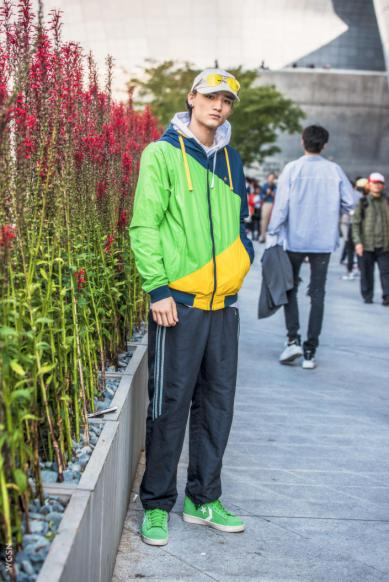 Fashion_Week_Streets_sfws41017_WGSN_Street_Style_SFW_SS2017_Mens_60_01